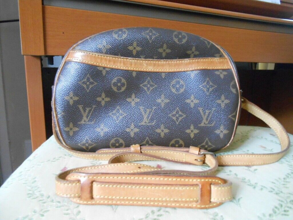 Authentic Louis Vuitton Blois Cross Body Schultertasche Monogram - 396.04,Kaufpreis 396,04,datum 01.07.2020 22:12:38,Website quoka.de