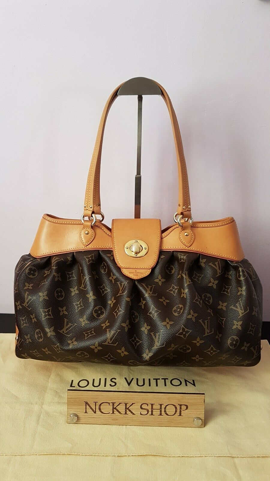 100% Authentic Louis Vuitton boesi MM Monogram Canvas Umhängetasche m45714 - 979.11,Kaufpreis 979,11,datum 01.07.2020 22:12:38,Website quoka.de